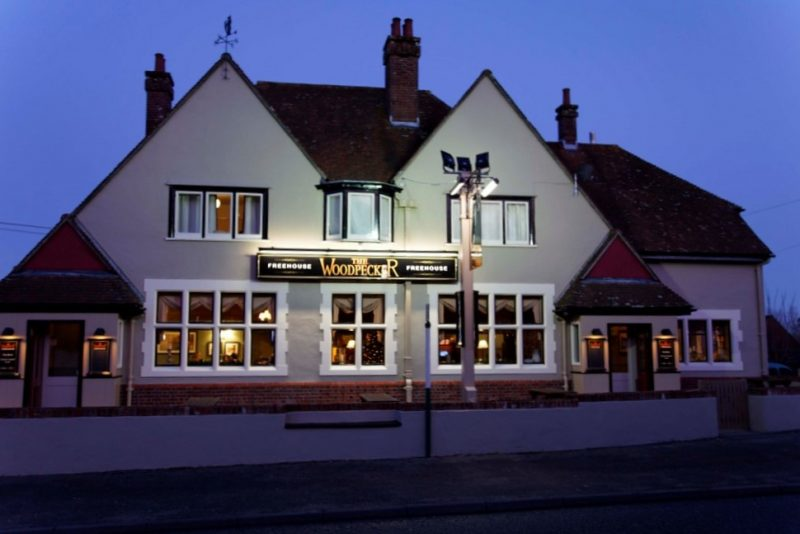 Woodpecker Pub, Spetisbury